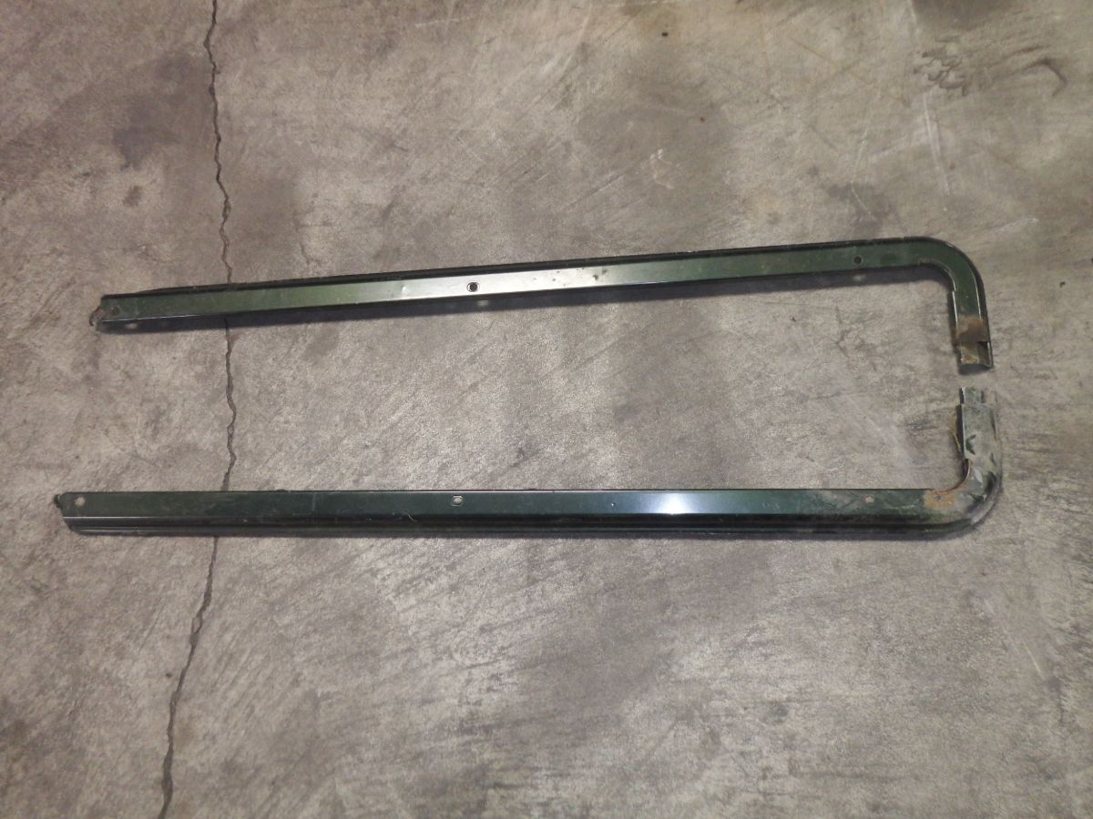 Jeep Wrangler TJ Belt Rails Image