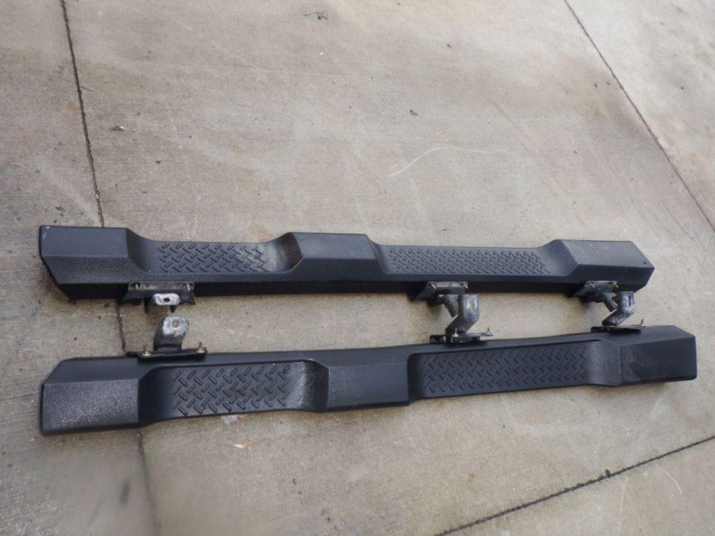 Jeep Wrangler JKU Unlimited OEM Side Steps Image