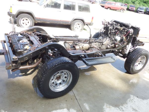 2003 Jeep Wrangler TJ 4.0 Rolling Chassis Frame Image