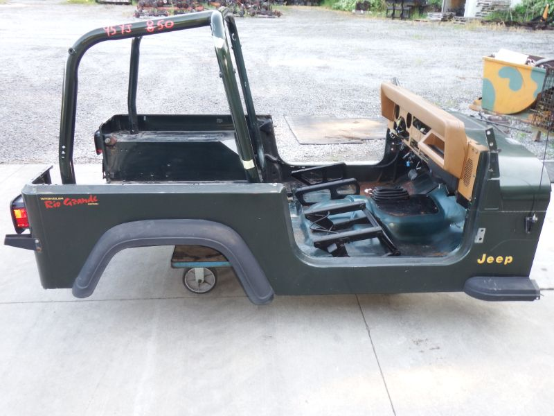 1995 Jeep Wrangler YJ Body Tub Image