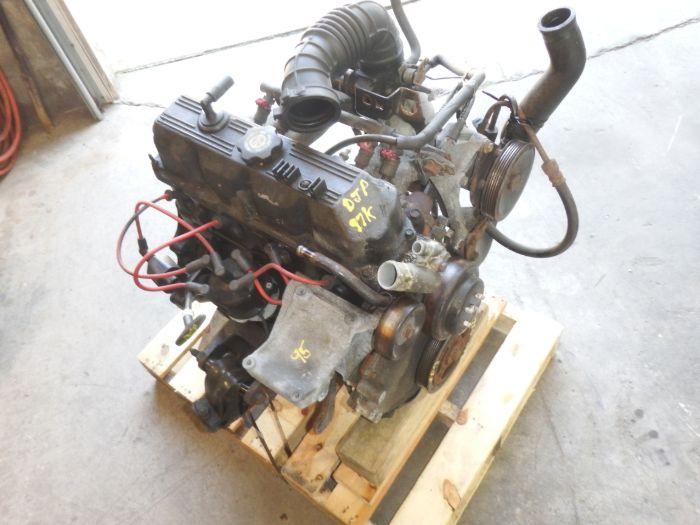 Jeep Wrangler YJ TJ 2.5 Engine 97k Image