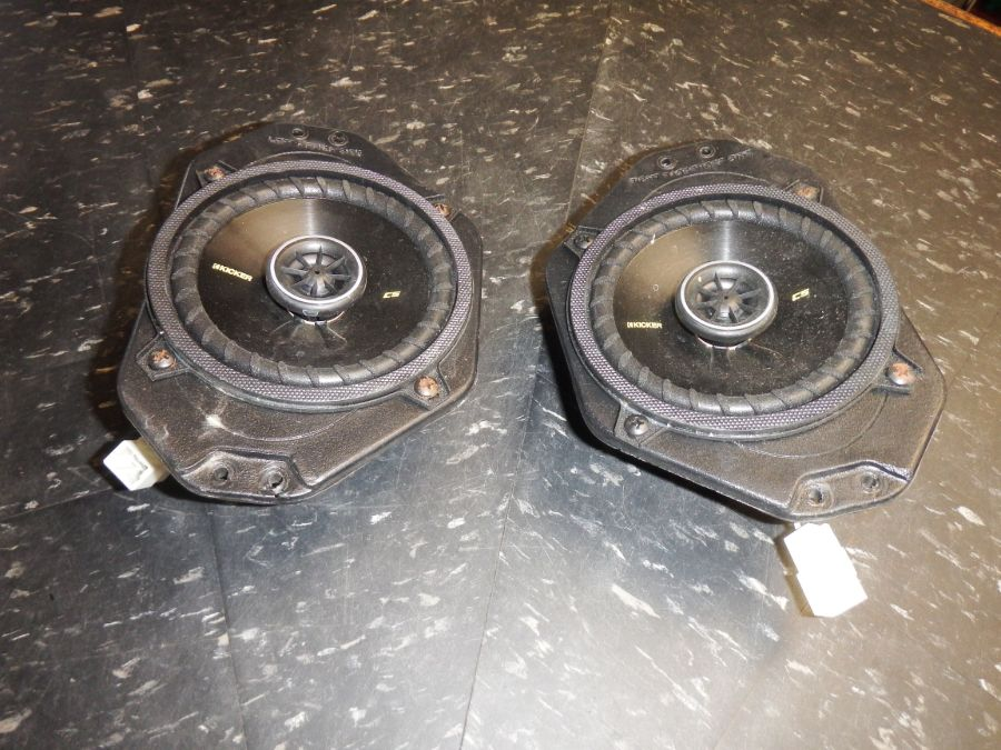 01-06 Jeep Wrangler TJ LJ Dash Speakers Kicker Image