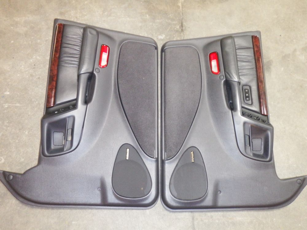 1998 Jeep Grand Cherokee 5.9 Limited ZJ Door Panels Image