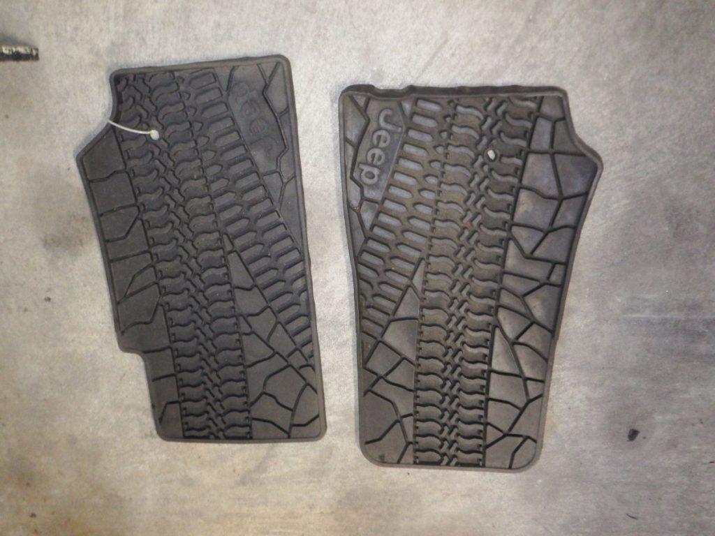 07-Up JK Tire Tread Floor Mats Image