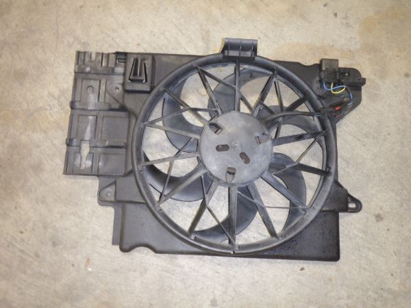 Jeep Wrangler TJ LJ Factory Electric Fan Assembly Image