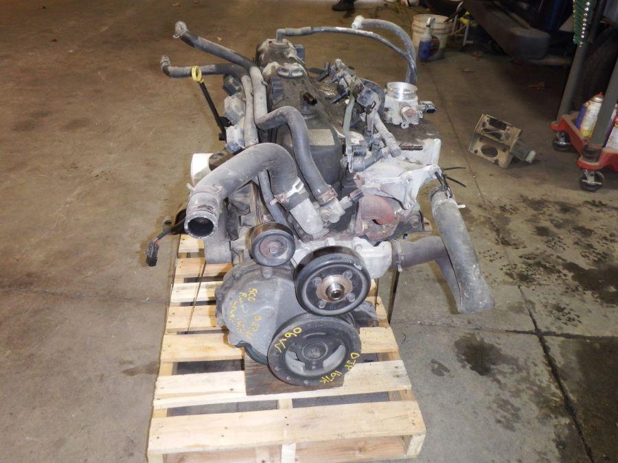 06 Jeep Wrangler TJ 4.0 Engine Image