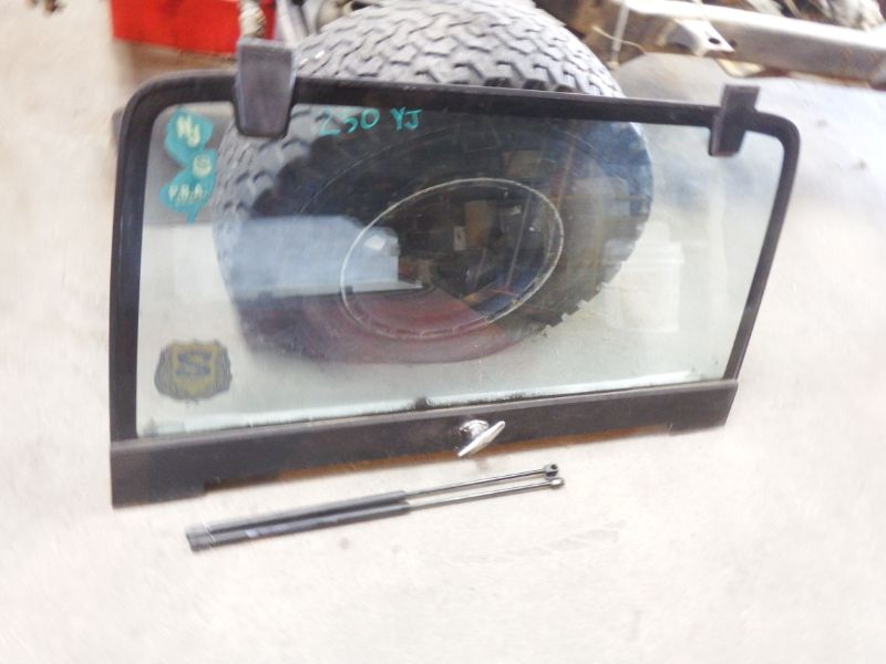 87-95 Jeep Wrangler YJ Rear Liftgate Glass Assembly Image