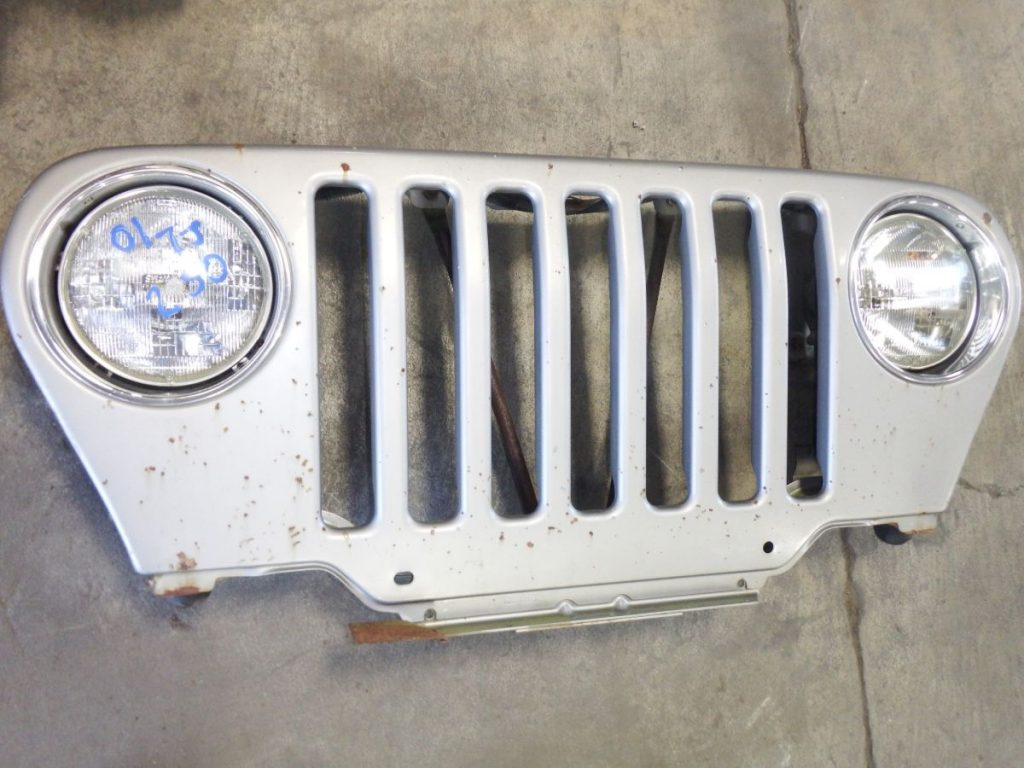 2001 Jeep Wrangler TJ Silverstone Grille Image