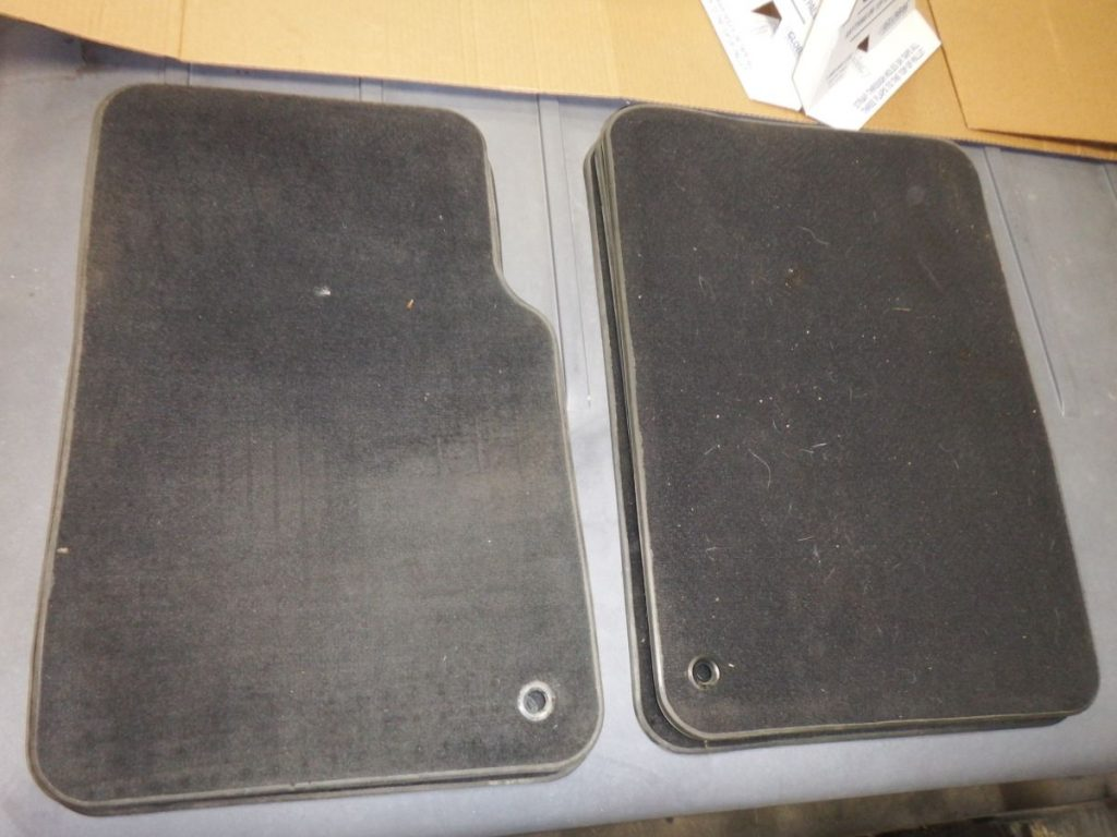 Pair Jeep Wrangler TJ LJ OEM Black Floor Carpet Mats 20 Image