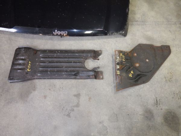 02-07 Jeep Liberty KJ Transmission Transfer Case Skidplates Image