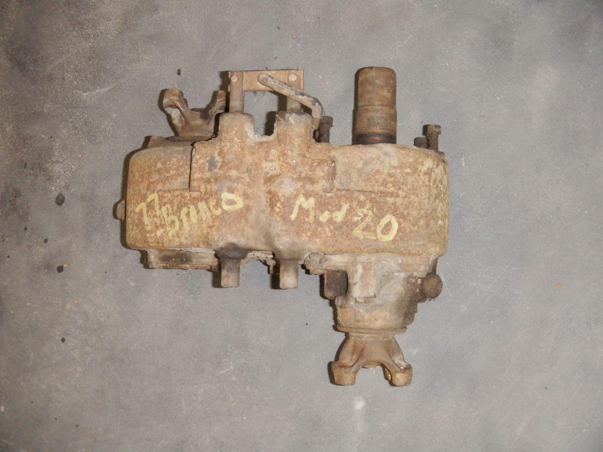 77 Bronco Model 20 Transfer Case Image