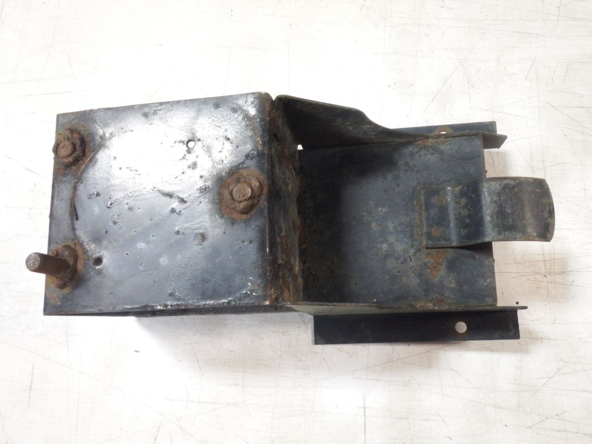 Jeep CJ5 CJ7 Willys Spare Tire Mount Holder M38 CJ3 Image