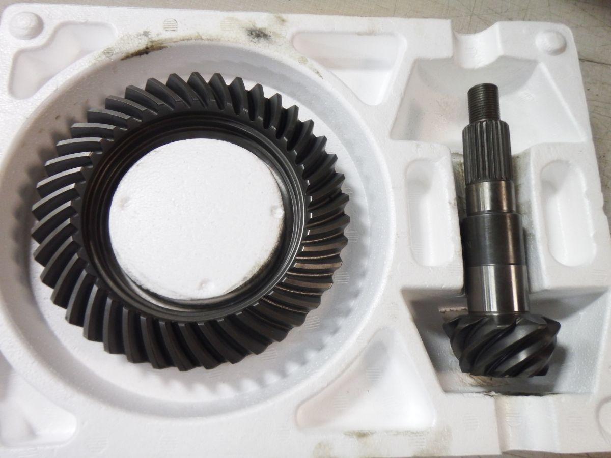 Dana 30 Reverse Rotation 4.56 Gears Motive Ring & Pinion Image