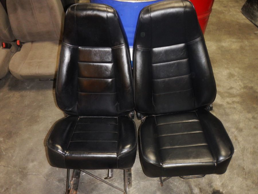 Jeep Wrangler YJ CJ Black Front Reclining Seats with Brackets Image