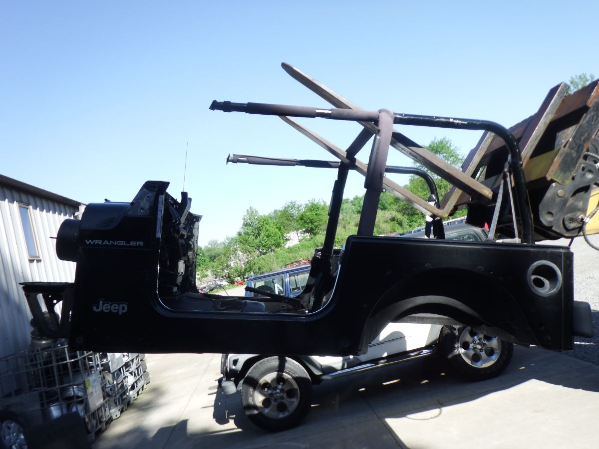 Jeep Wrangler TJ 1997 PX8 Black Rust Free Body Tub Image
