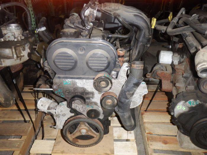 Jeep Wrangler/Liberty 2.4 Engine 2003-2004 Image