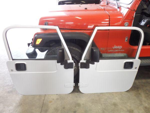 Jeep Wrangler TJ LJ Full Doors Silver PSB Image