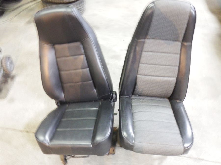 87-95 Jeep Wrangler YJ Black Front Seats with Brackets Image