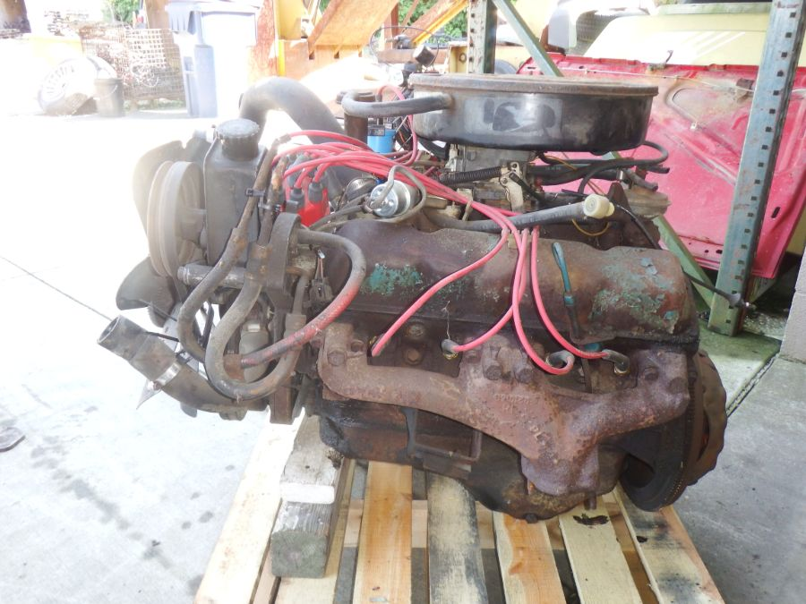 AMC Jeep CJ 304 V8 Engine Image