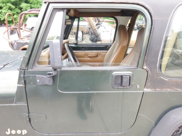 Jeep Wrangler YJ CJ7 CJ8 Full Doors Rust Free With Mirrors Image