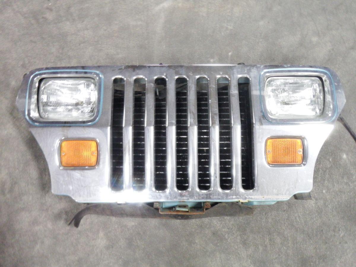 1995 Jeep Wrangler YJ Grille PQE Aqua Image
