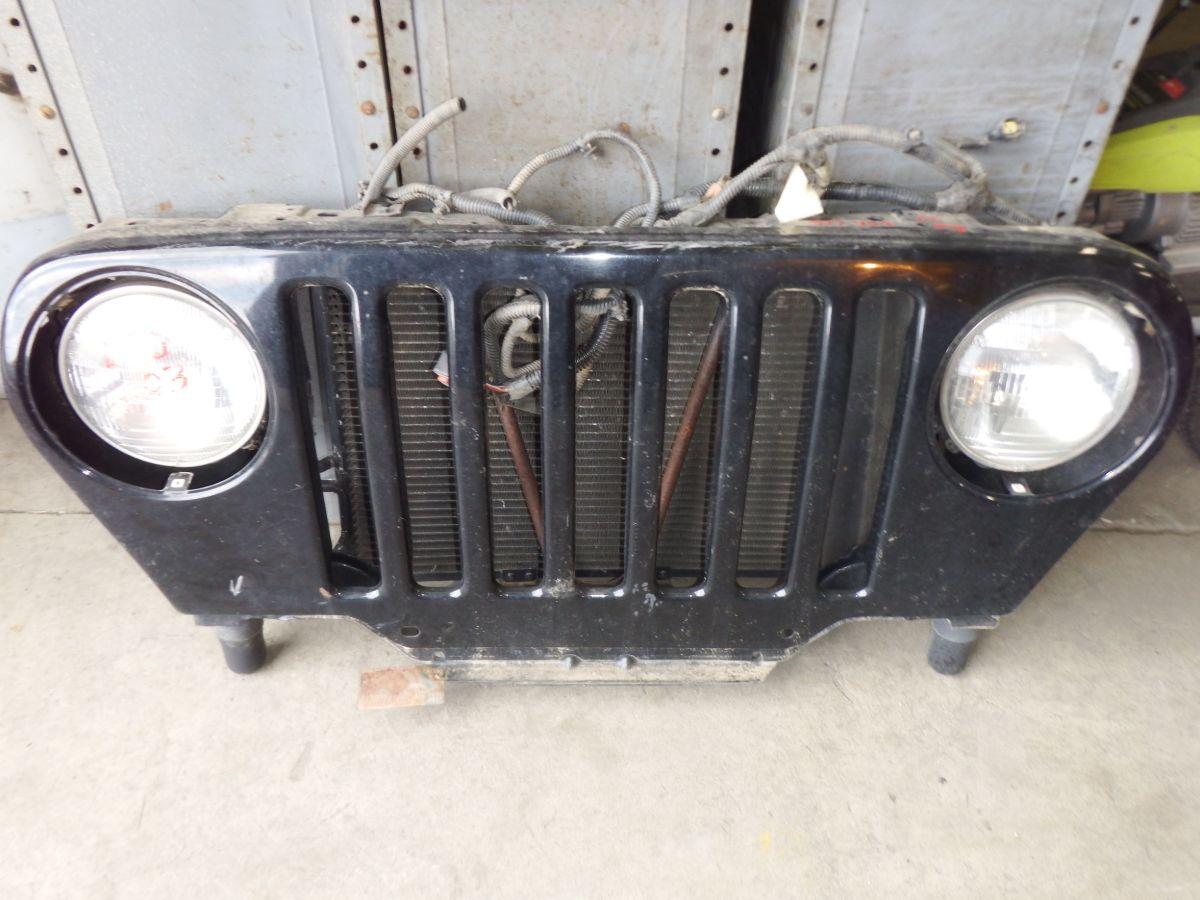 Jeep Wrangler TJ LJ Grille Rust Free Image