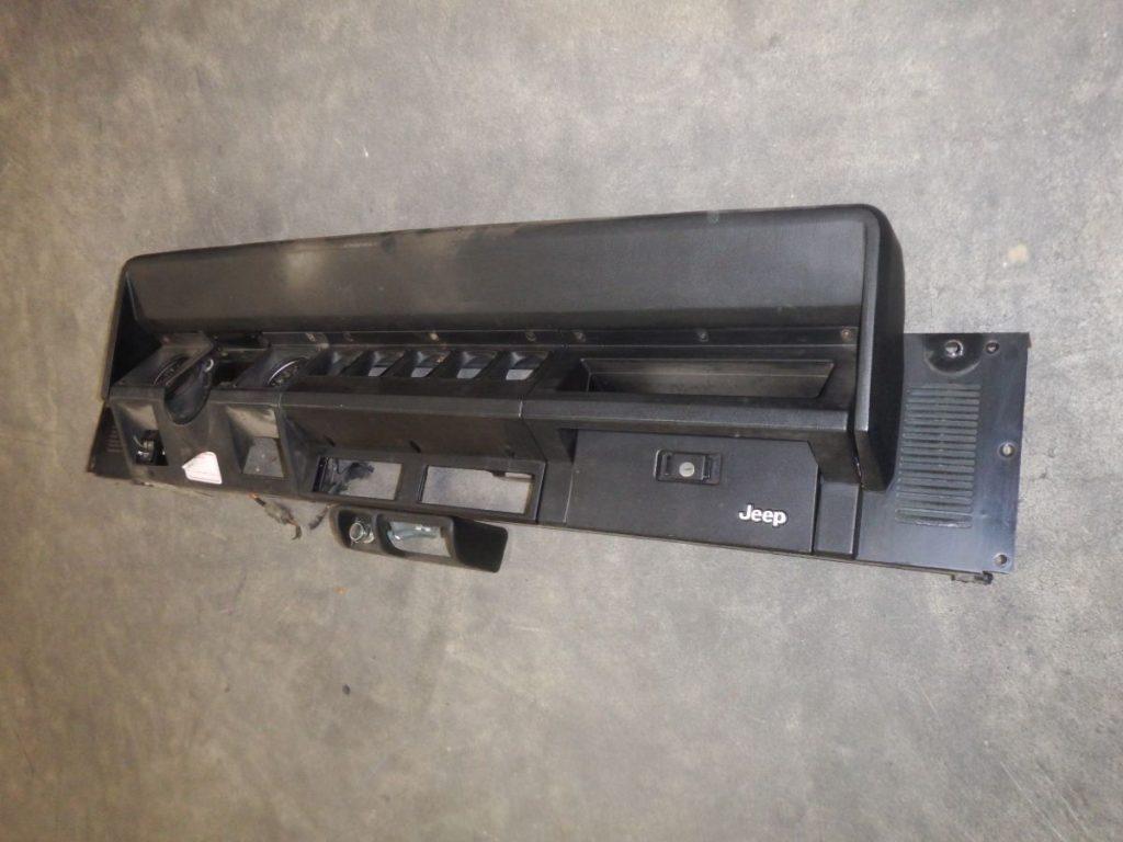 1987 Jeep Wrangler YJ Black Dash Laredo 150 Image