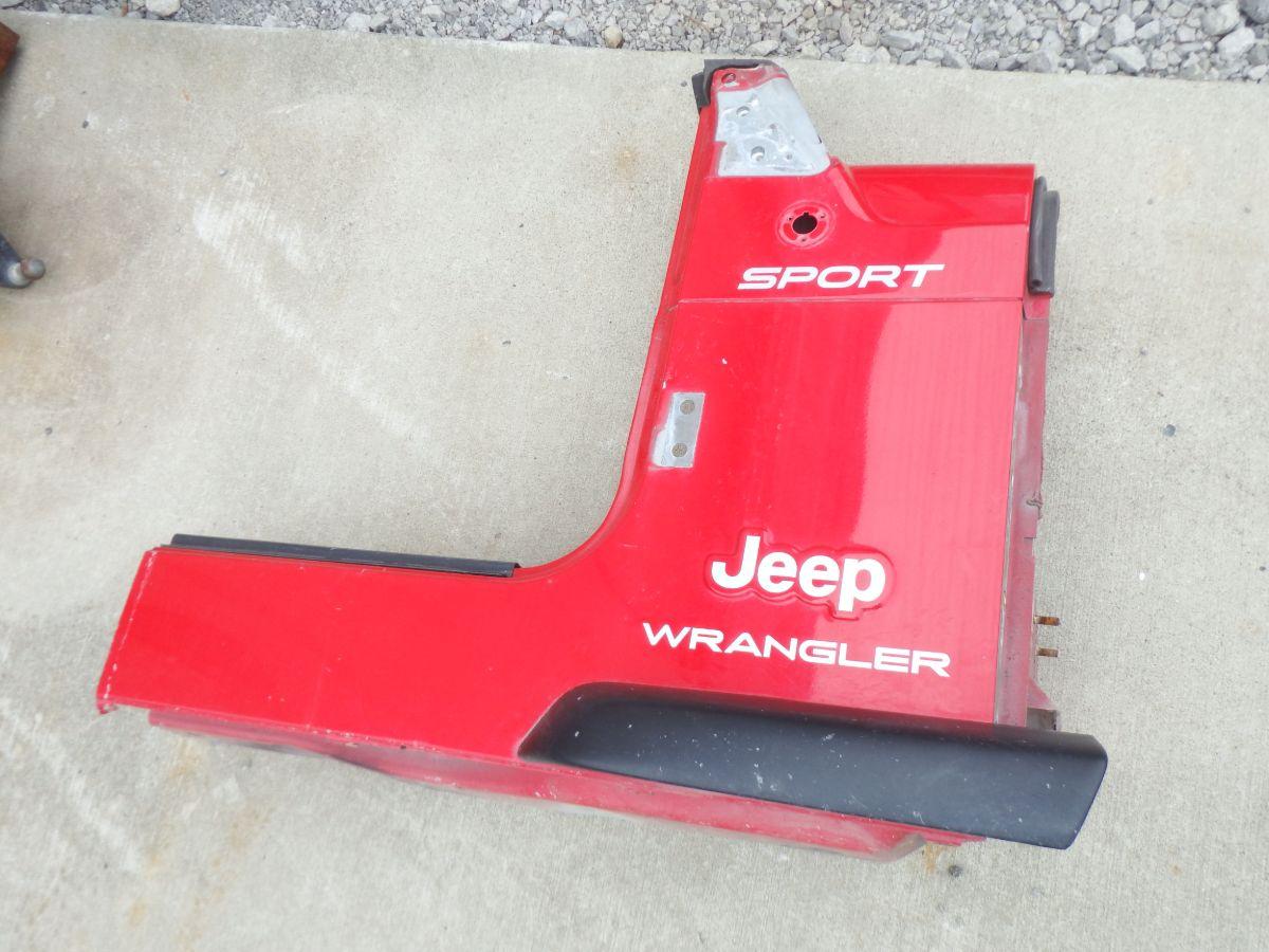 Jeep Wrangler TJ LJ Right Front Tub Corner Cut Image