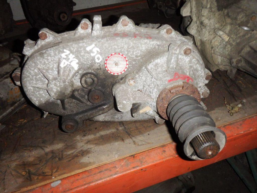 Jeep 242J Transfer Case 23 Spline Non Speedo Style 58k 150 Image