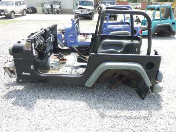 1999 Jeep Wrangler Tub/Frame Section Image