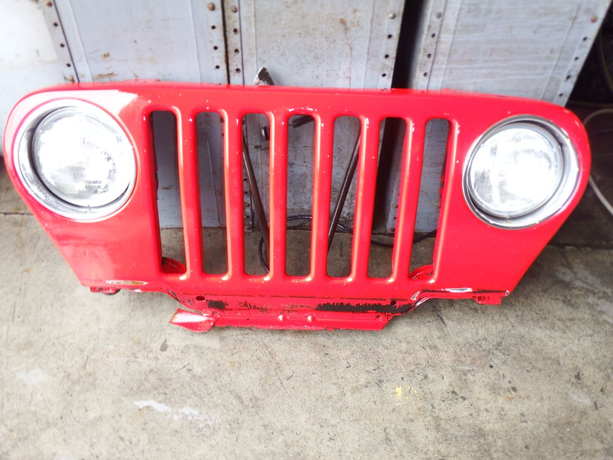 Early 97 Only Jeep Wrangler Grille Rust Free PR4 Red 250 Image