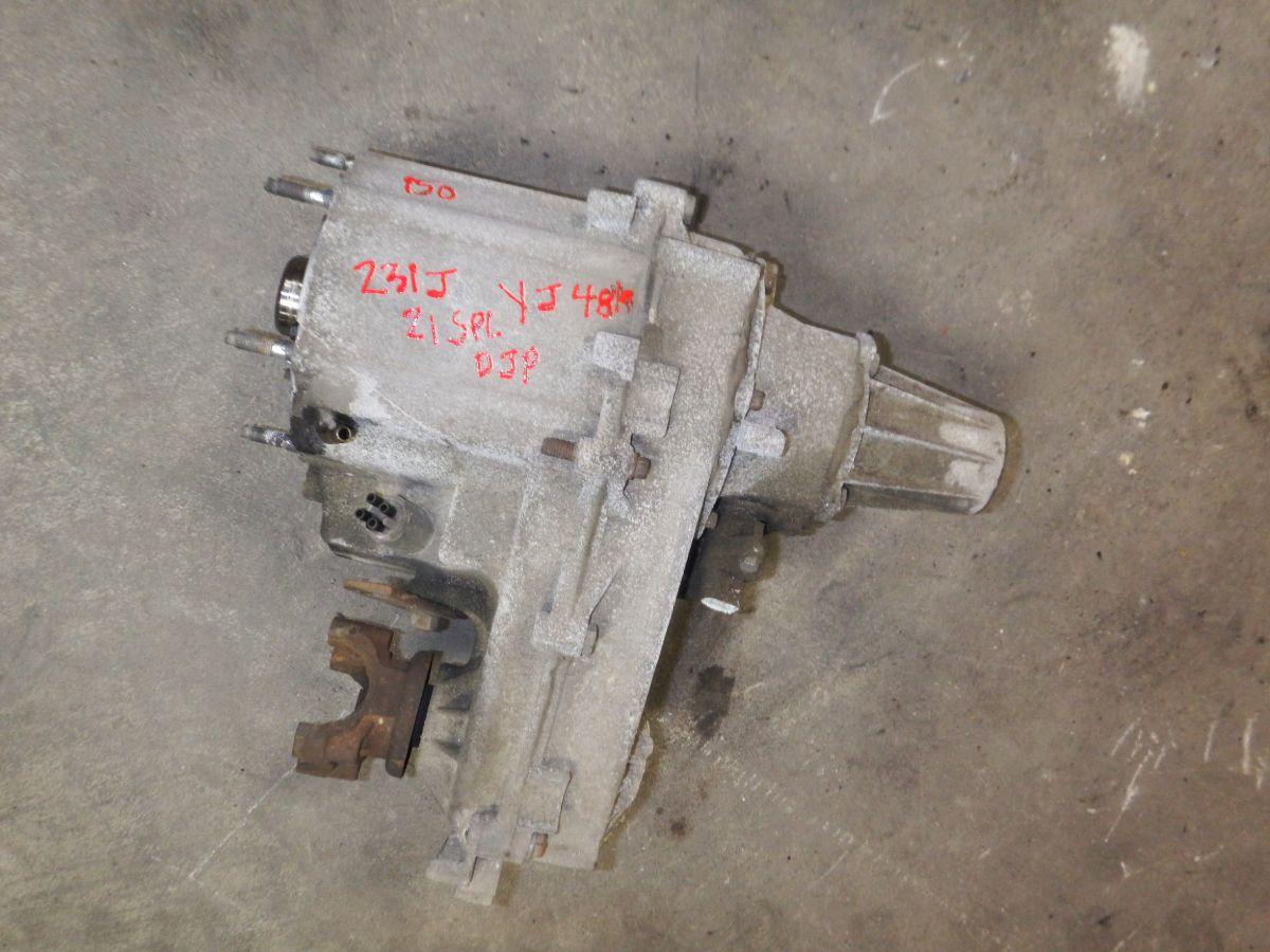 Wrangler YJ 231J Transfer Case 21 Spline 48k miles Image