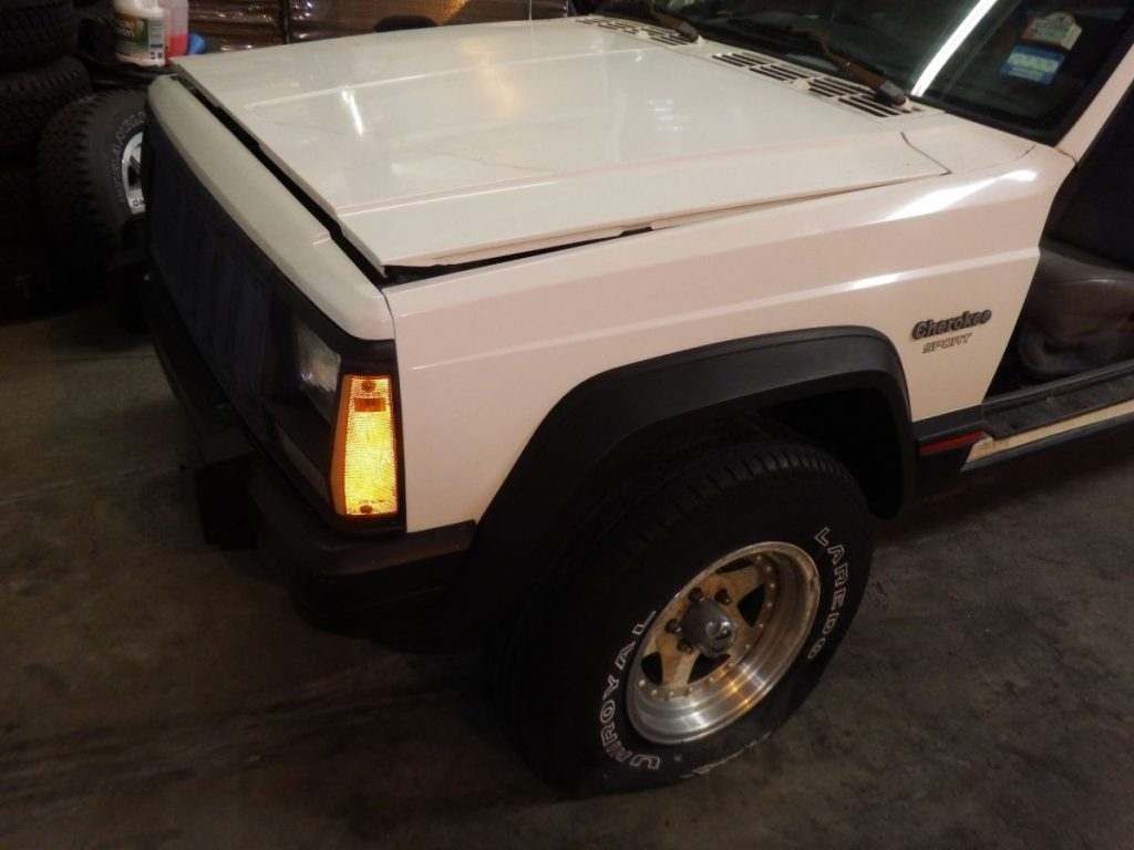 Jeep Cherokee XJ Front Clip grille hood fender header 650 Image