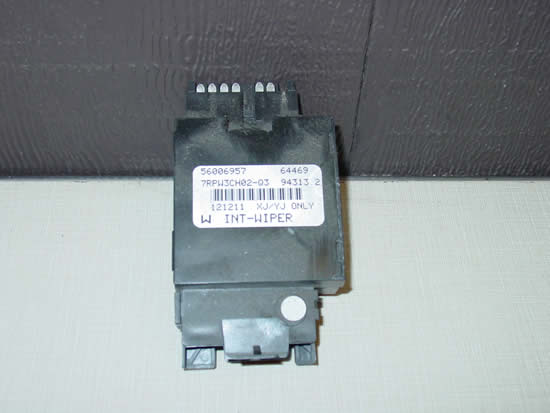 87-95 Jeep Wrangler YJ Intermittent Windshield Wiper Delay Module Box Image