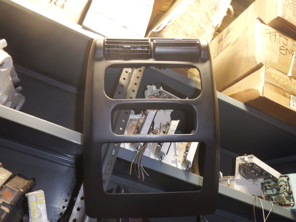 2003-2006 Jeep Wrangler TJ LJ Center Dash Bezel Image