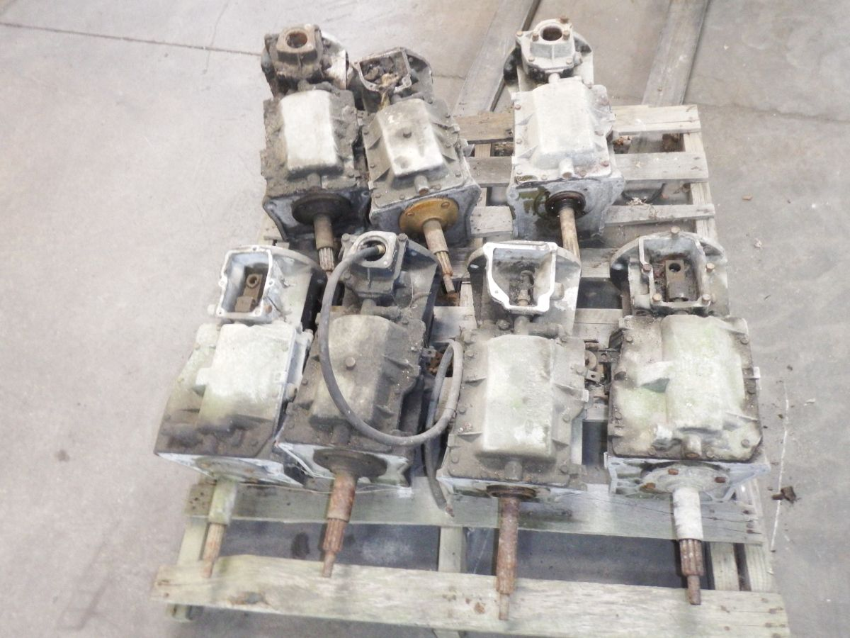 Jeep CJ 4 Speed Transmissions SR4 T4 lot of 7 for 350 Image