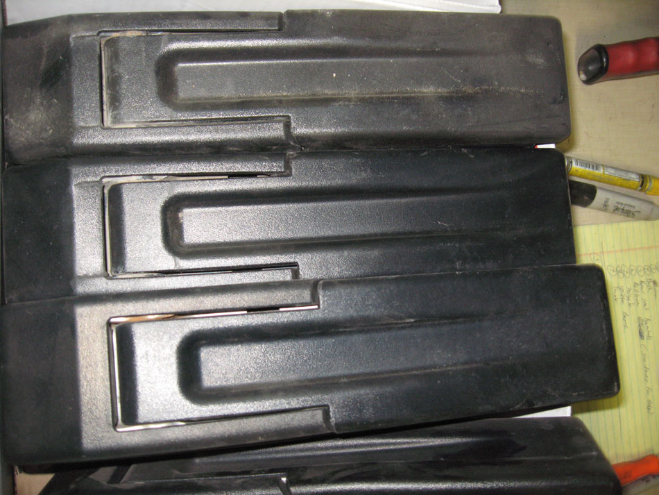 Late 04-06 Jeep Wrangler Tailgate Hinges with Covers Image