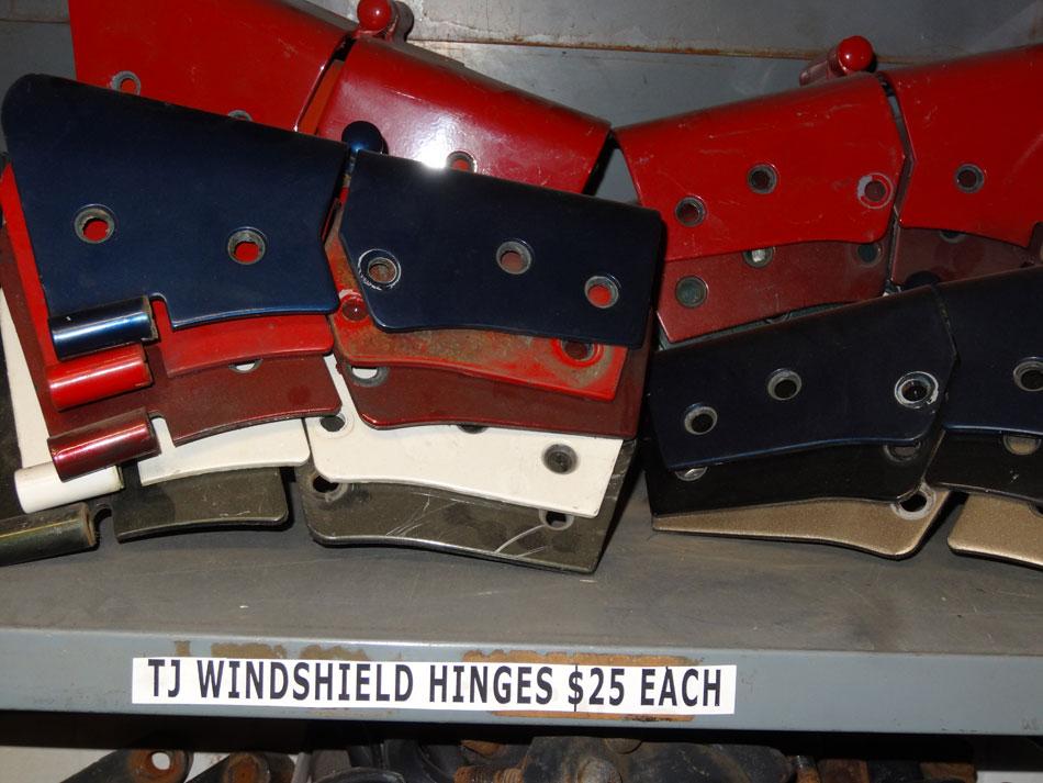 1997-2006 Jeep Wrangler TJ LJ Windshield Hinge Image