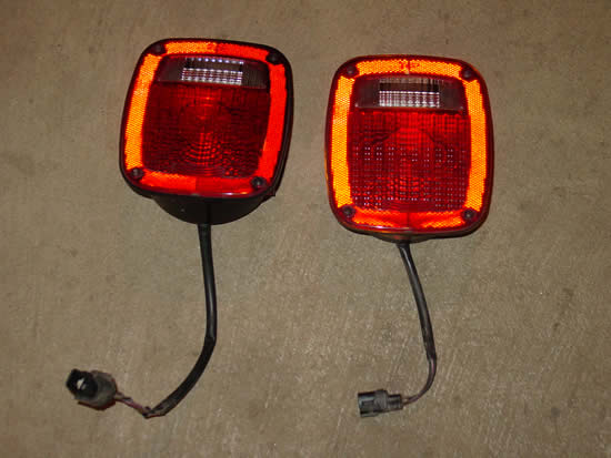 Jeep Wrangler TJ YJ CJ LJ Tail Light Image