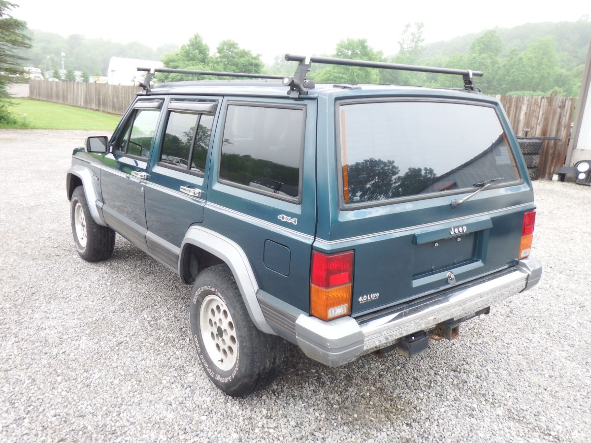 1996 Jeep Cherokee Country 4×4