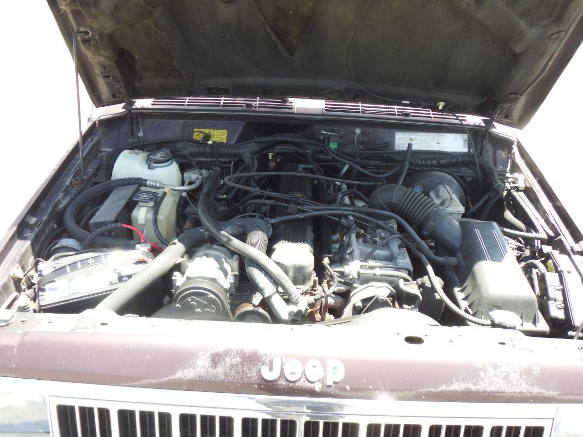1992 Jeep Cherokee Laredo 4×4