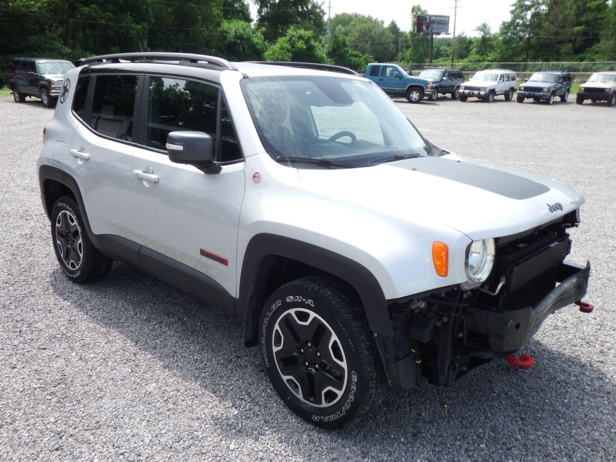 2016 Jeep Renegade Trailhawk 4×4