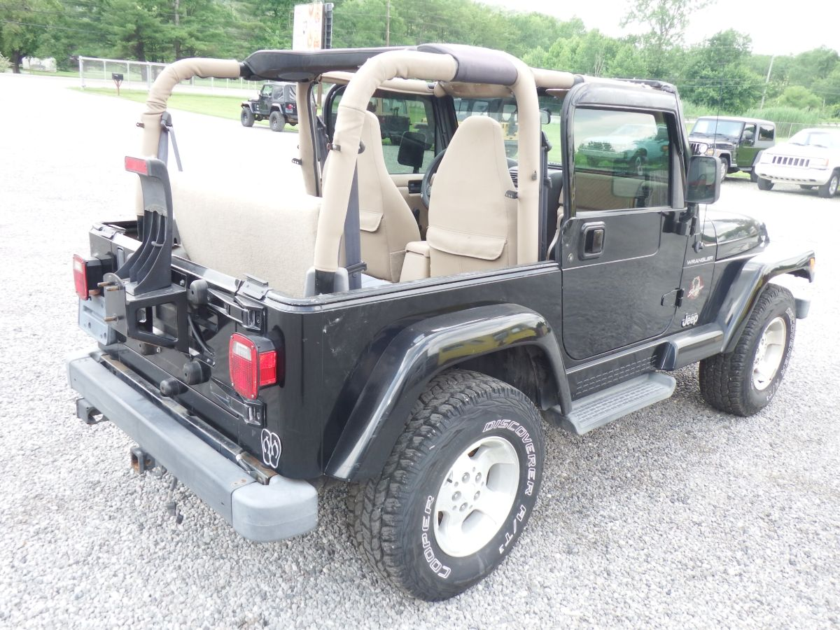 2002 Jeep Wrangler Sahara 4×4