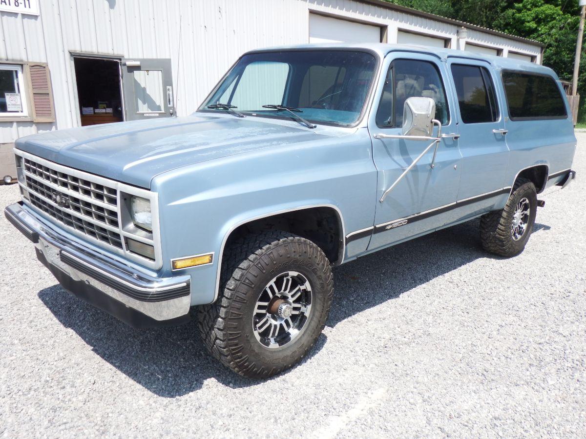 1989 Chevy Suburban K1500 4×4