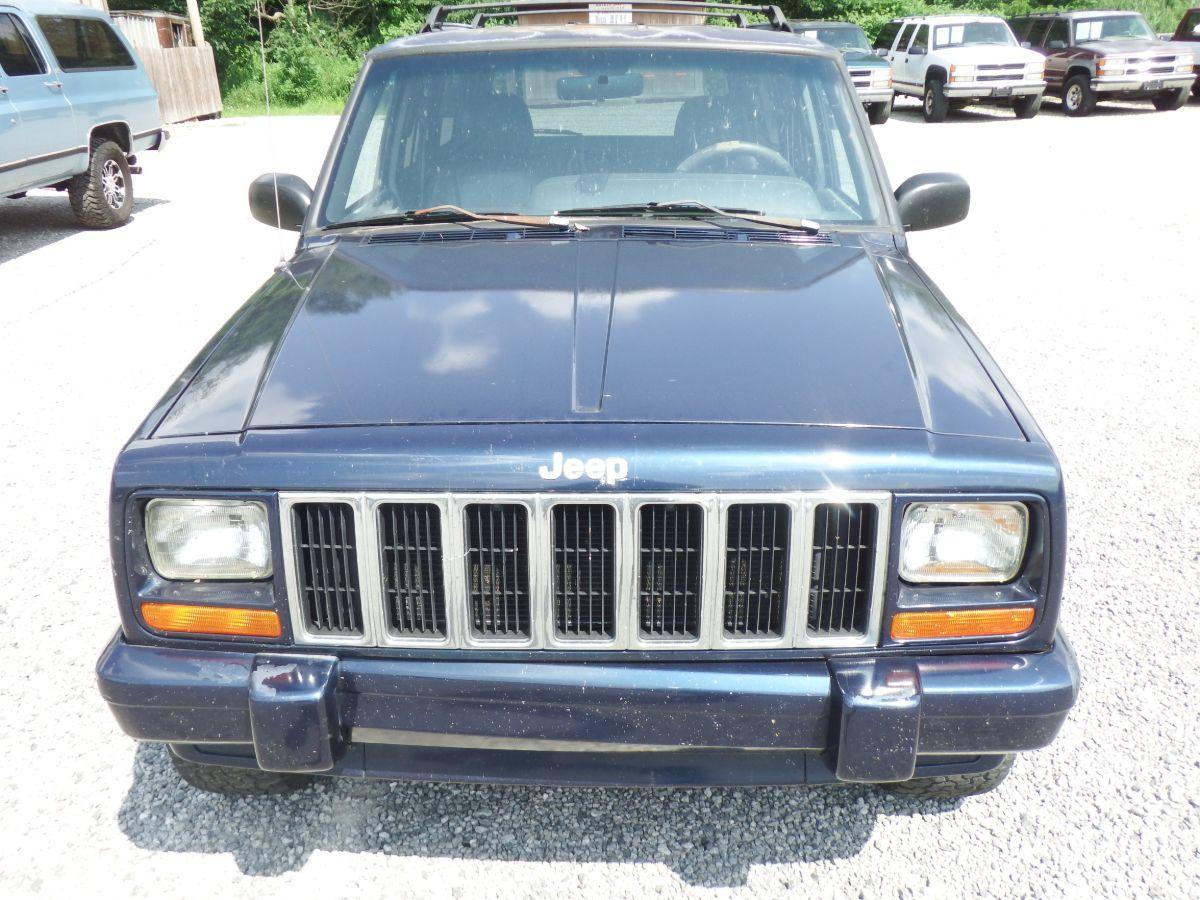 2000 Jeep Cherokee Limited 4×2