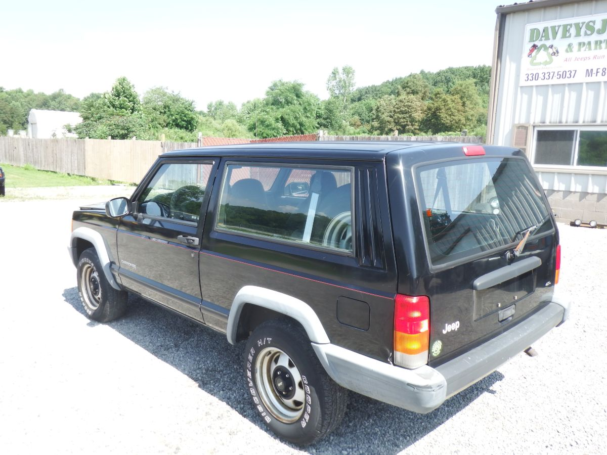1999 Jeep Cherokee 2 Door 4×2