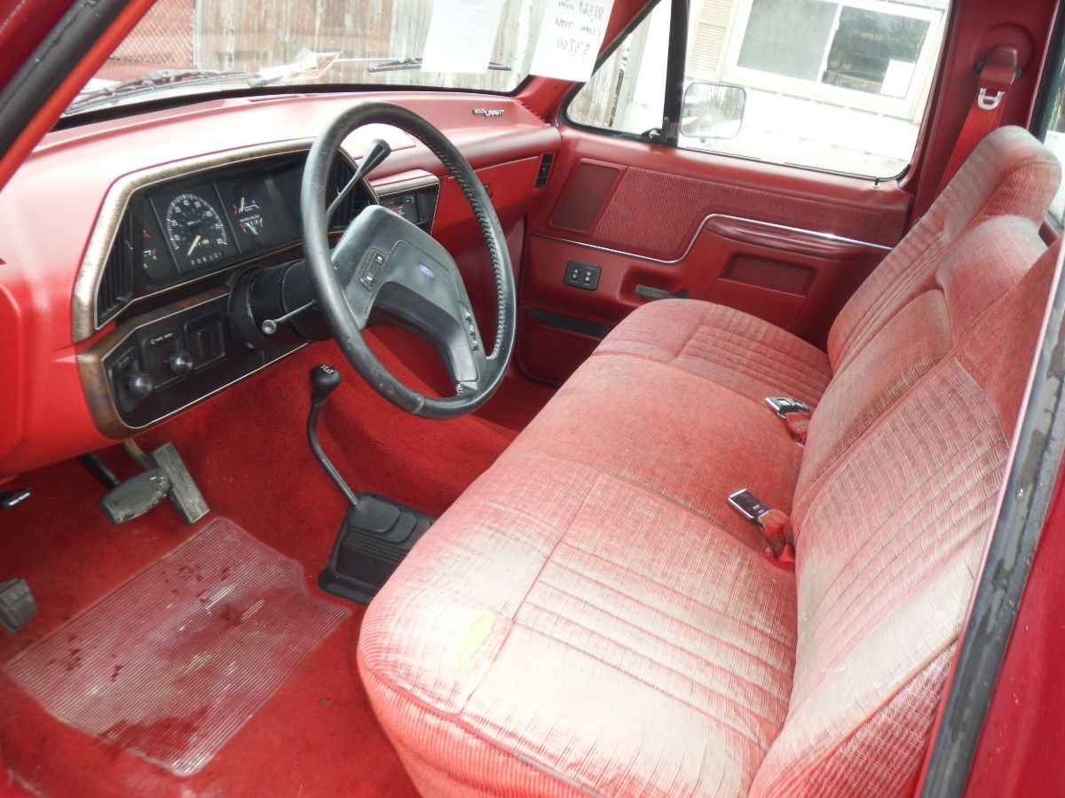 1989 Ford F-150 Short Bed 4×4