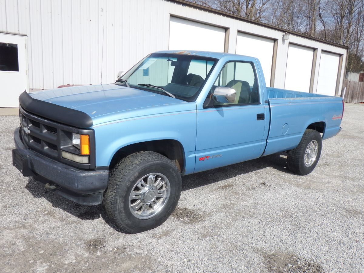 1993 Chevy K1500 Work truck 4×4