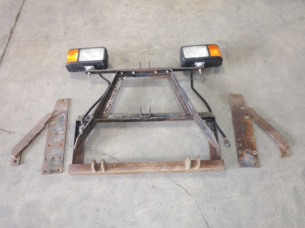 Jeep Cherokee XJ Comanche MJ Snow Plow Brackets with Lights Image