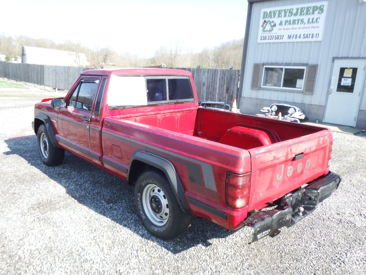 1988 Jeep Comanche Pioneer 4×2 Short Bed